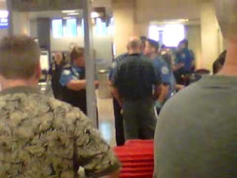Troubled TSA heads into holidays with egg on its face