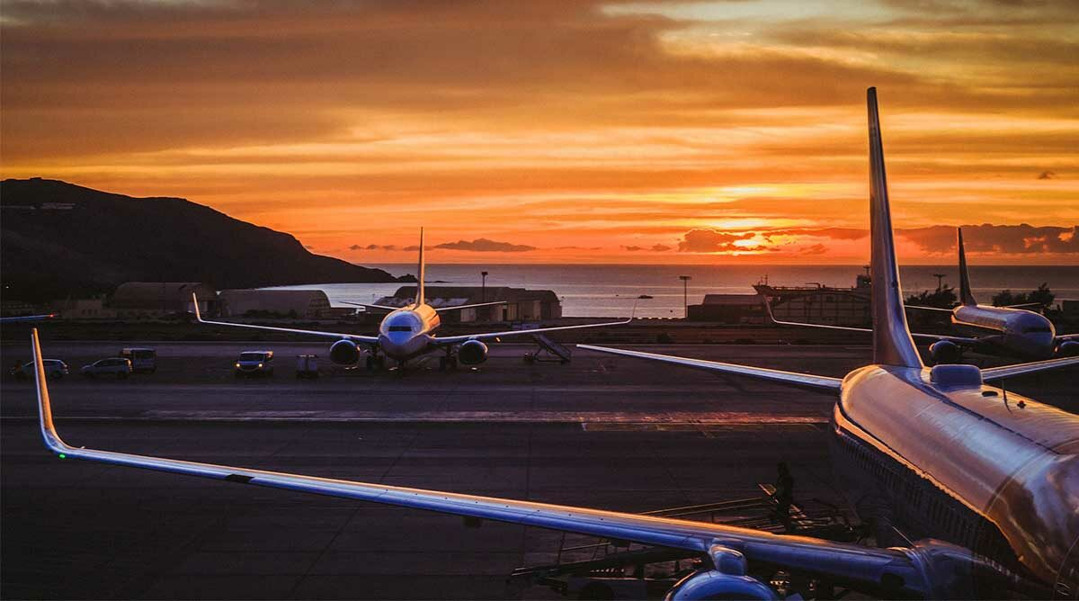 Here's your guide to the best way to buy airline tickets.