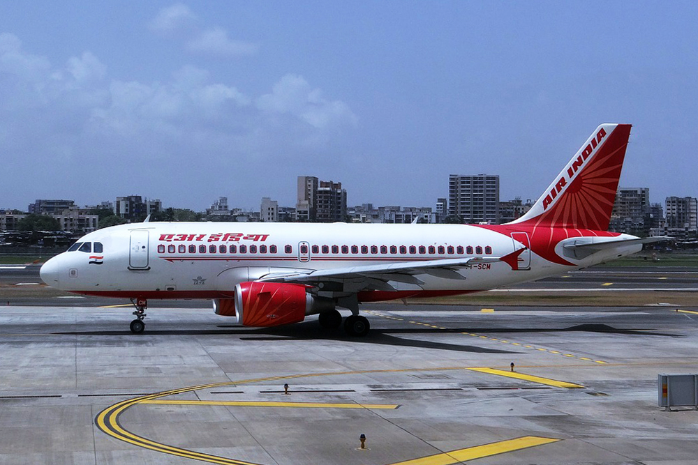 air, india, air india, airline, flight, airport, tarmac, takeoff, take off, landing, travel