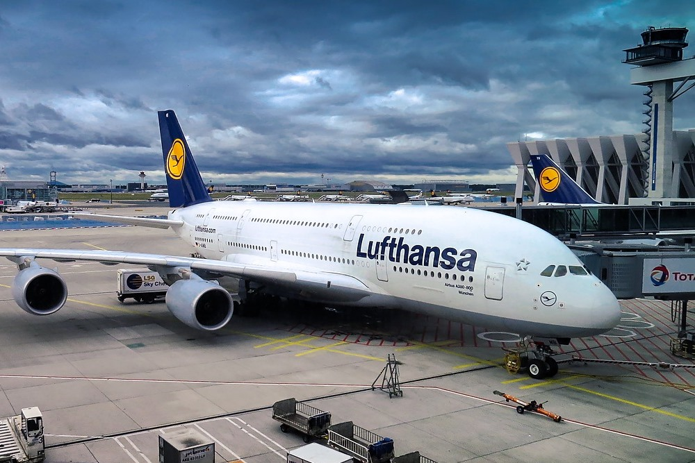 Should a glitch in Lufthansa's website cost me $840?