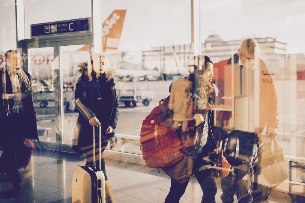 airport, terminal, gate, trip, travel, vacation, luggage, bag, baggage, walk, walking