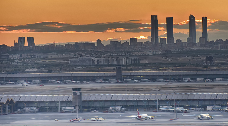 How early should you get to the airport? Here's the answer