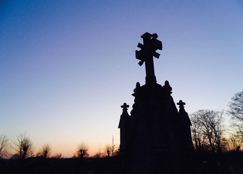 cemetery-17649_1920 (1)