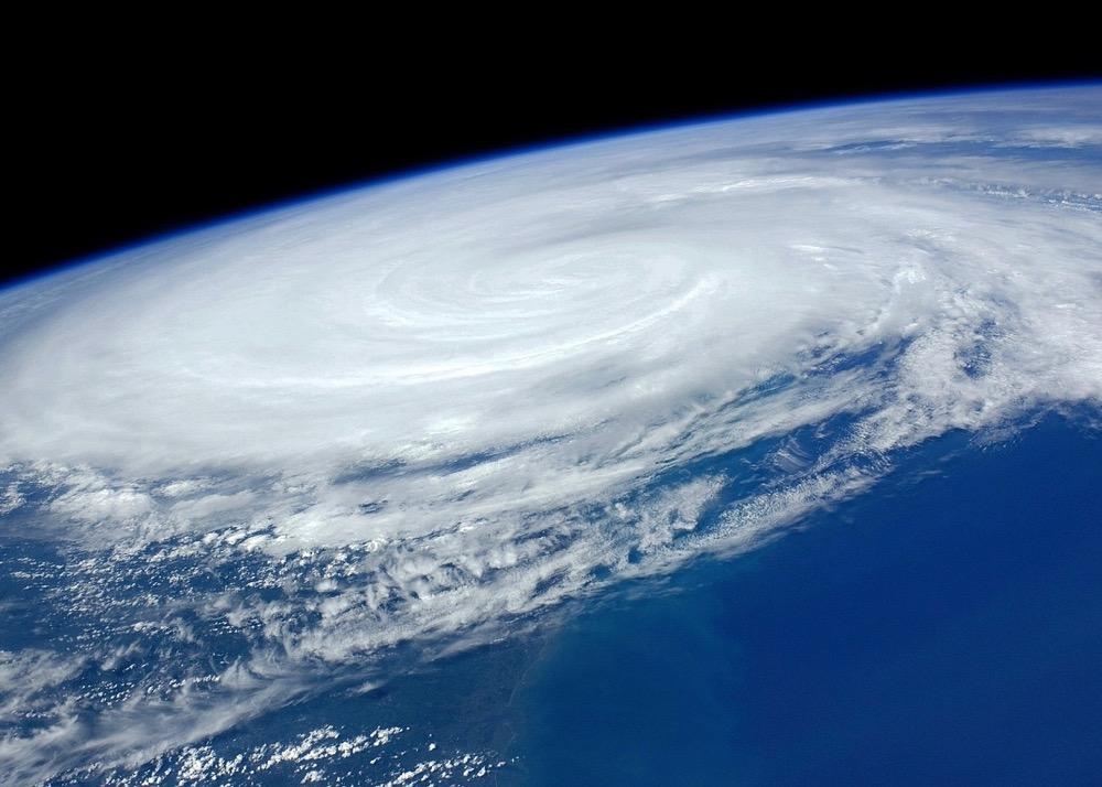 hurricane-1245322_1280 (1)
