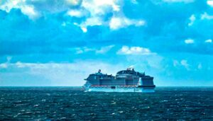 If your luggage goes missing on the way to your cruise, what can you do? (Michelle Couch-Friedman/Elliott.org)