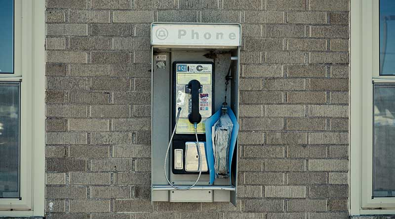 Pay phones are still ripping people off