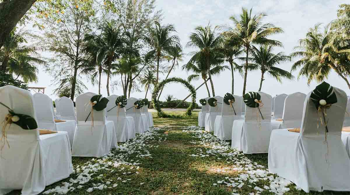 All the reasons why you can't get a refund for your destination wedding